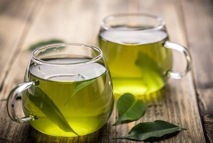 Chá de folha de abacate sim